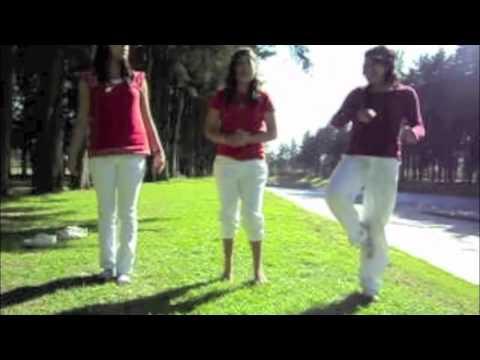 videos chuscos de i caty yoga, agua y acondicionamiento fisico