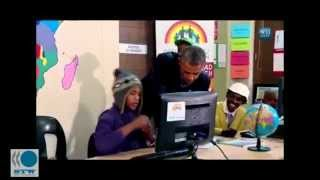 [South African Teen Rapper Raps For President Obama and Desmo...]