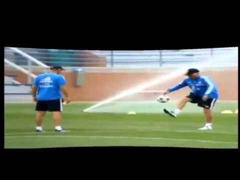 Zidane y Ancelotti fascinan entrenando