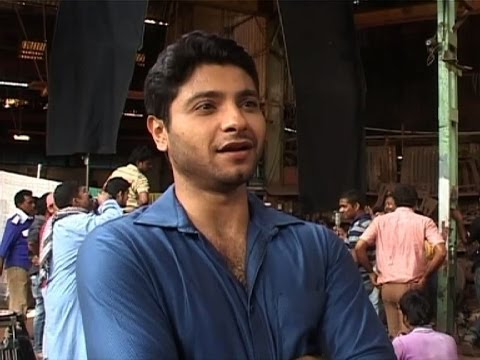Encounter : Catch Mishal Raheja's action scene - Bollywood Country Videos