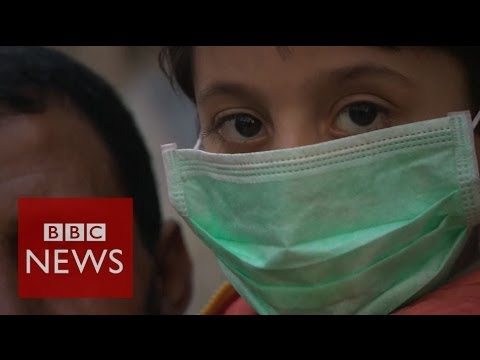 Syria crisis: Faces of desperation in Yarmouk - BBC News