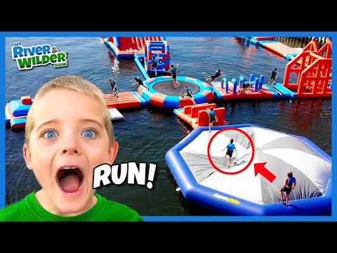 Kids WIPEOUT on WATER PARK obstacle course | Family fun