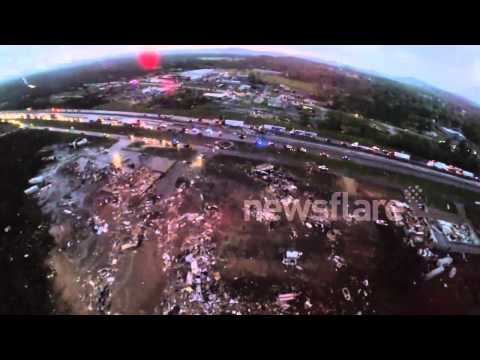 Incredible aerial footage of Arkansas tornado