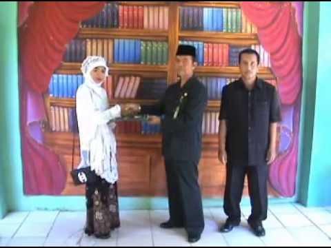 Serah Terima Oleh Bpk KEPSEK MAN Lasem 2011/2012