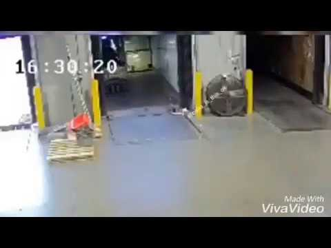 Accident Funny In Work Download Truck #funny #transport #trucking
