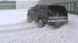 Chevy K5 Blazer Drifting In Deep Snow!!