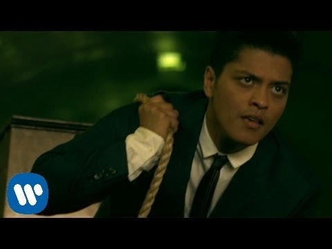 Bruno Mars - Grenade [Official Music Video]
