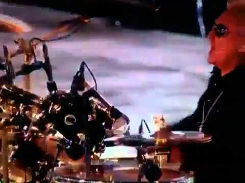 Brian May ft. Jessie J - We Will Rock You (Closing Ceremony London 2012)