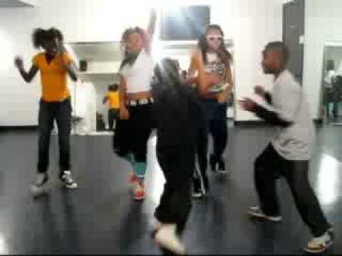 Soulja Boy Bird Walk Dance ~ SuperStarz Style