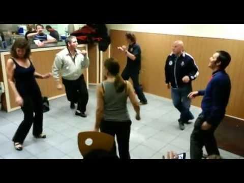 Thumbnail of video Quien tuvo, retuvo: Bailando Northern Soul en una tienda de kebab
