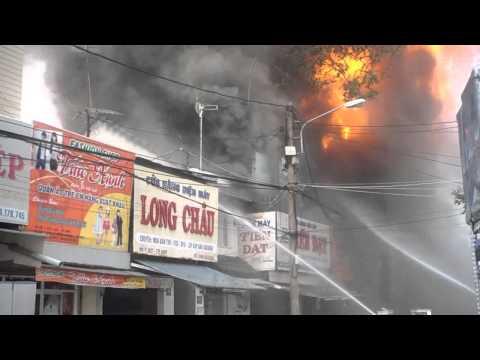 Cháy lớn ở thành phố Buôn Ma Thuột