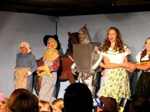 Wizard of Oz - Final Song