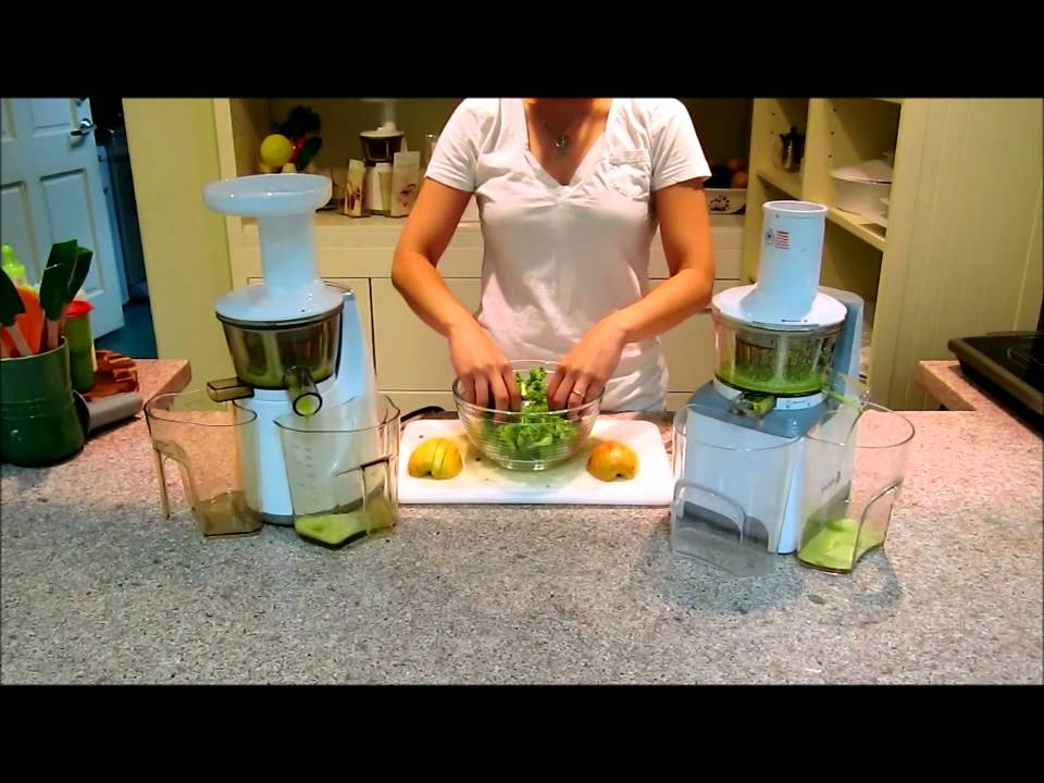 Fagor Slow Juicer vs Hurom Slow Juicer Comparison, Kale & Apple - YouTube