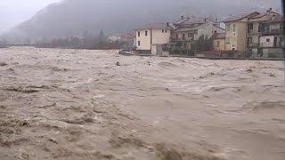 فيضانات عارمة في شمال ايطاليا وفقدان مهاجر في مياه نهر رويا  