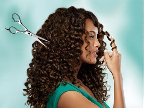 Como cortar o cabelo cacheado / Sugestões de cortes.