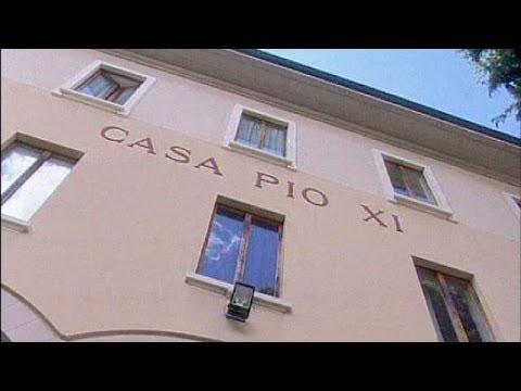 Ιταλία: Έτοιμος για κοινωνική εργασία ο Μπερλουσκόνι
