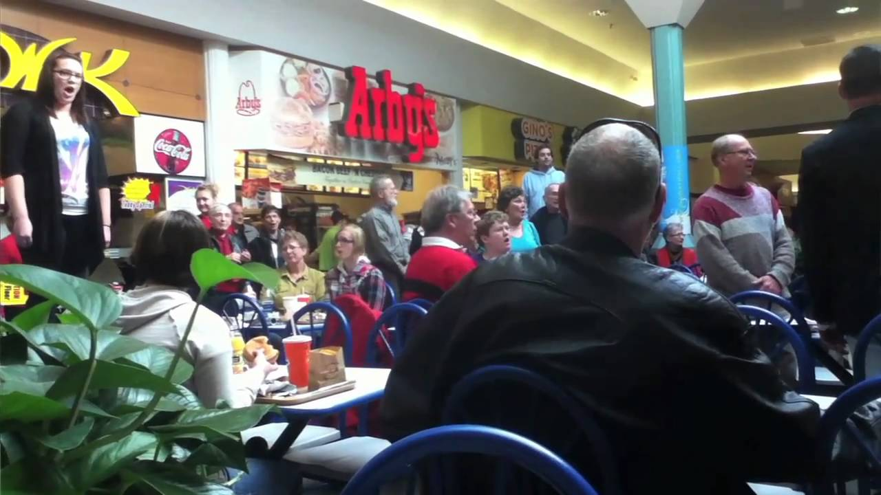 Christmas food court flash mob hallelujah chorus must - Cuisine flash but ...