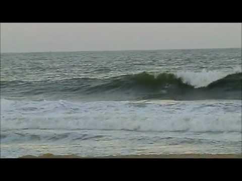Praia Brava quebrando boas ondas na véspera do Natal de 2012