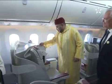 Mohamed VI inaugure le premier Boeing 787 dreamliner royal air Maroc