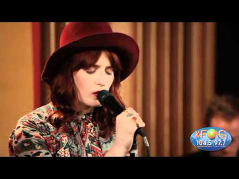Never Let me Go - Florence + The Machine en KFOG FM Private Concert
