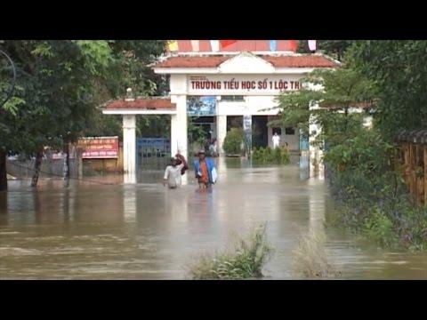 Thừa Thiên - Huế mưa lũ lớn gây ngập cục bộ, hàng trăm học sinh nghỉ học