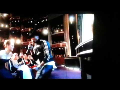 Pharrell Williams sings Happiness at Oscars