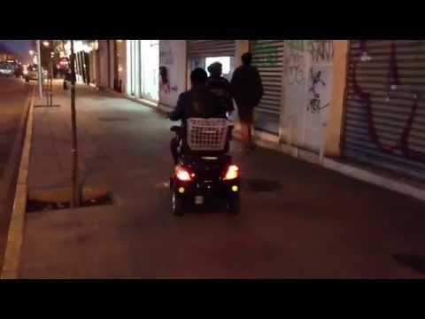 triciclo electrico para una persona ,para pasear