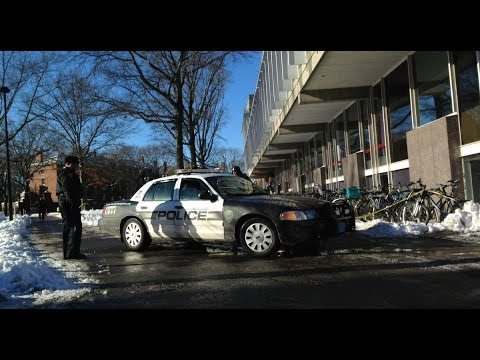 Harvard bomb scare cancels exams, evacuates buildings