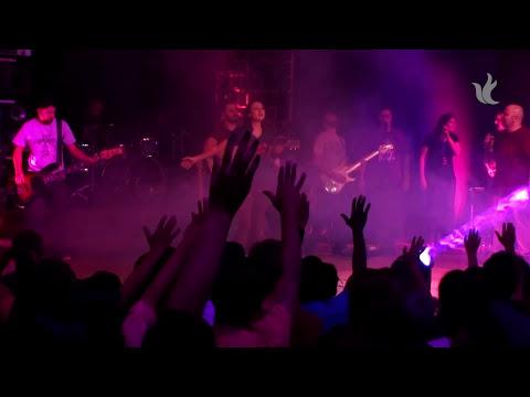 Ministério Zoe  -  Aquieta Minh'alma (ao vivo)