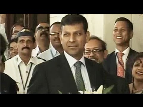 Raghuram Rajan takes over as RBI Chief amid economic crisis