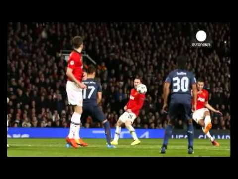 Persie's hat-trick takes ManU to Champions League quarter-finals