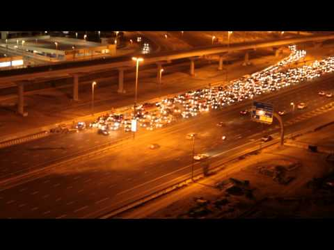 Helicopter on Sheikh Zayed road - 29/11/2013 JLT