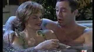 Mad TV- Lorraine And The Hot Tub