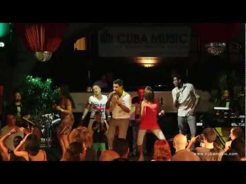 Que Figura (feat. Eminencia Clasica) - Leo Wilber