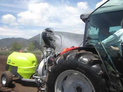 Fumigadora Vma para cultivos de hortalizas, piña, maíz, pastos. Tractocentro Colombia.