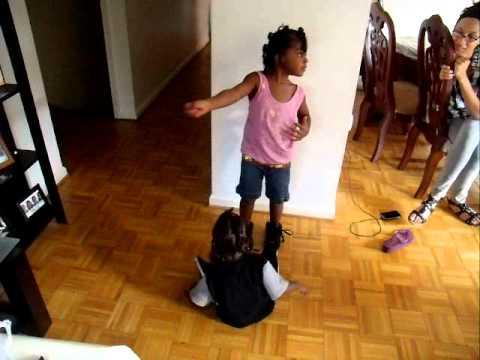 black kids dancing - YouTube Dancing Black Kid