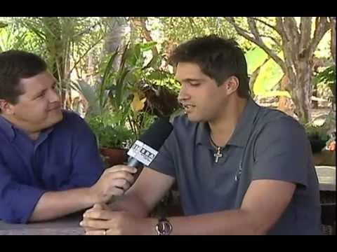 Entrevista Leo (Victor e Leo) so...