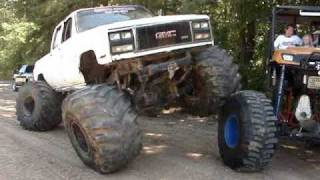 GIANT MUD TRUCK FLEXING ON HUGE POLARIS RANGER 4x4 ON 54