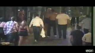 Thugs Get Beat Up By MMA Fighters, Dressed As Women!