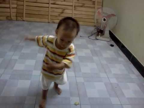 baby 1 tuổi nhảy audition