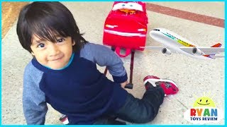 Ryan ToysReview airplane rides with opening surprise eggs