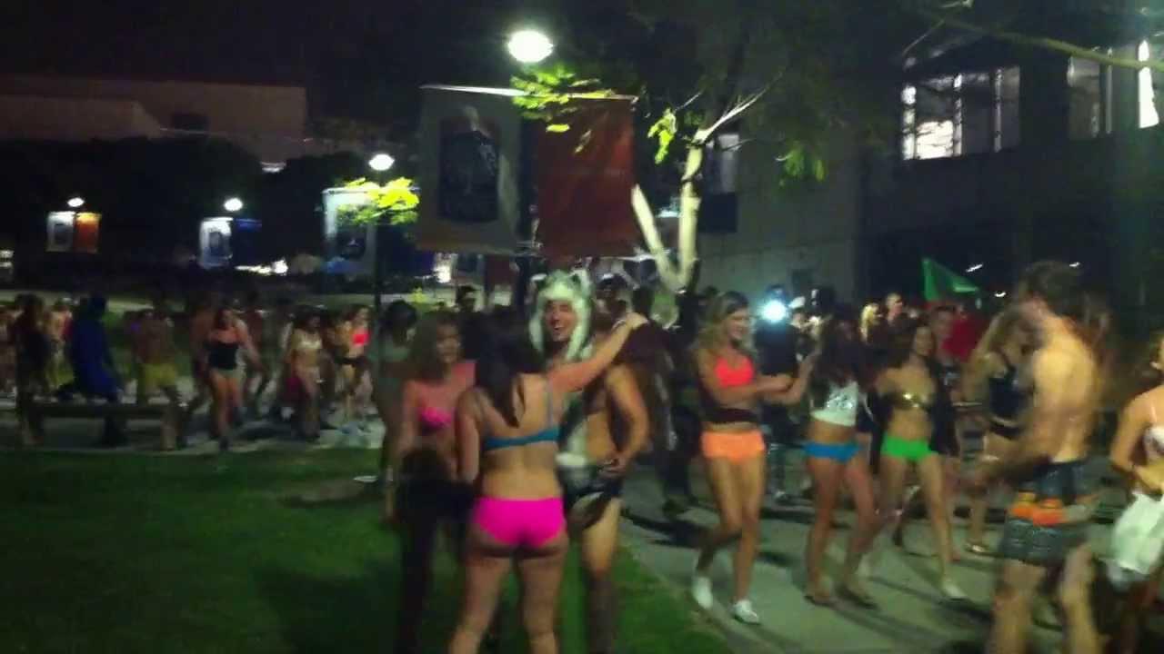 Underwear Run at Cal State Fullerton 2012 - YouTube