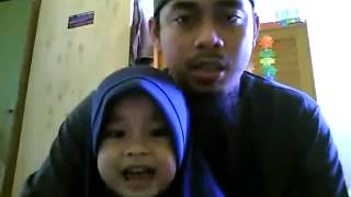 Father and daughter reciting Quran together, super cute, please sayy MashaAllah