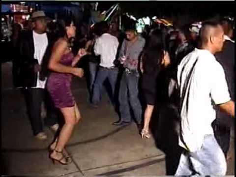 San Bernardo Miahuatlan Oaxaca 2010 (parte 5) (baile del 19 de agosto con el grupo depredador)