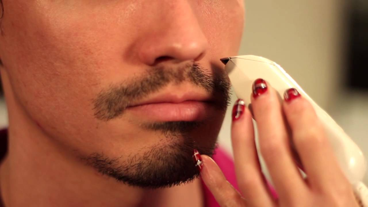 how to shave around a mustache goatee men 39 s grooming tips youtube. Black Bedroom Furniture Sets. Home Design Ideas
