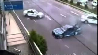 Veja A Perseguição Cinematográfica Entre Policiais E Um