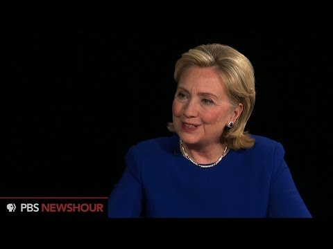 Hillary Clinton acknowledges stumbles on wealth