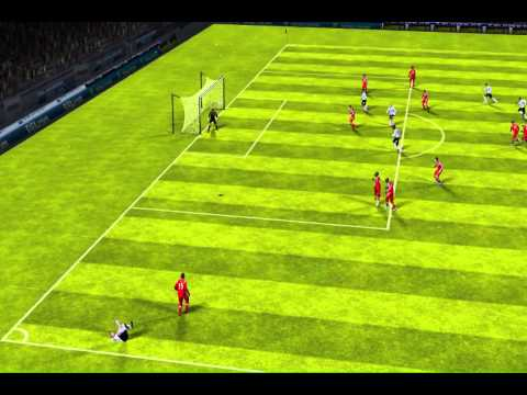 FIFA 13 iPhone/iPad - QPR vs. Manchester Utd