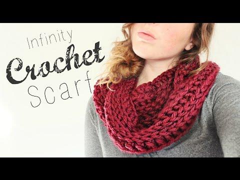 Crochet Infinity Scarf // Crochet Beginner // Veronica Marie