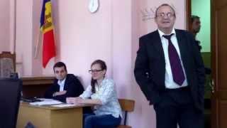 Dosarul penal Babenco/Univ.Slavonă e amînat pe 3 luni